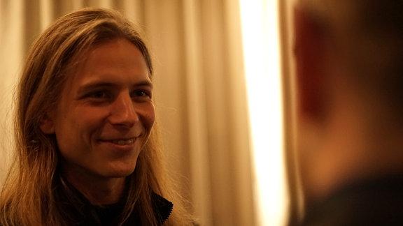 Protagonist David Leubner. Der junge Mann ist Schauspielstudent in Delitzsch.