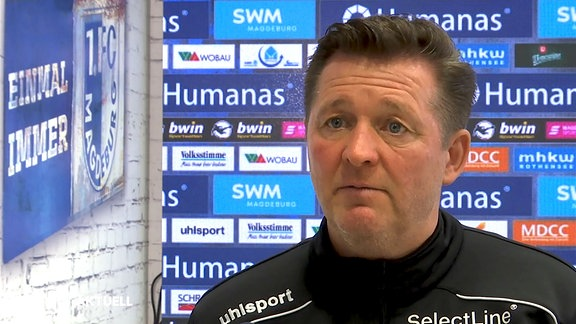 FCM-Trainer Christian Titz in Interview