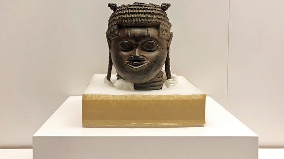 Benin Raubkunst Bronzen
