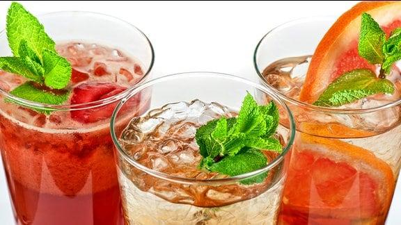 Limonade, bzw. Saft in einem Glas