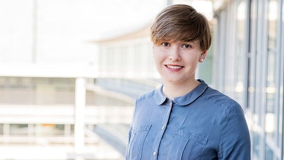 Josephine Bechler, Redakteurin und Moderatorin im Wetterstudio