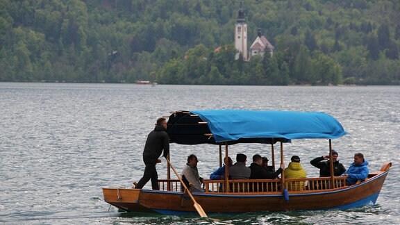 Urlaubsort Bled in Slowenien mit Bleder See und Pletna-Boot