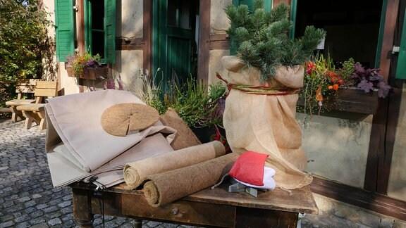 Material für Winterschutz - Vlies, Kokosmatten, Jutesack