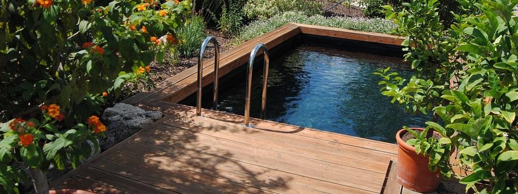 Gartenrecht: Wohin mit dem Poolwasser?   MDR.DE