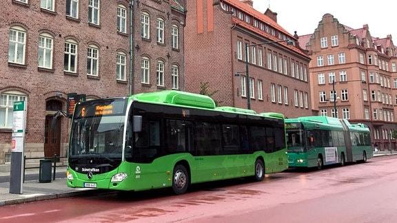 Bus, dessen Treibstoff aus Biomüll produziert wird, in Malmö in Schweden.