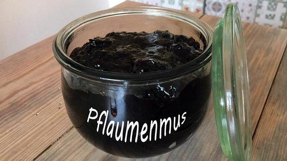 Pflaumenmus