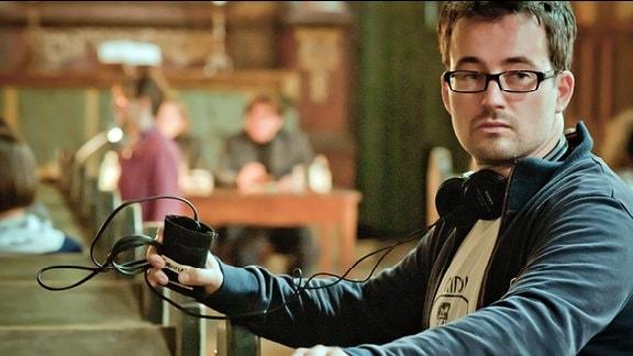 """Regisseur Christian Schwochow während der Dreharbeiten zum TV-Zweiteiler """"Der Turm"""""""
