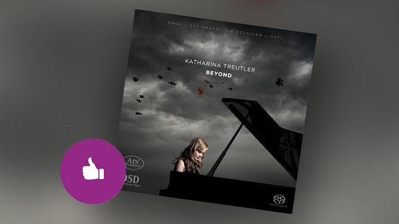 CD Cover, darauf zu sehen Katharina Treutler am Flügel