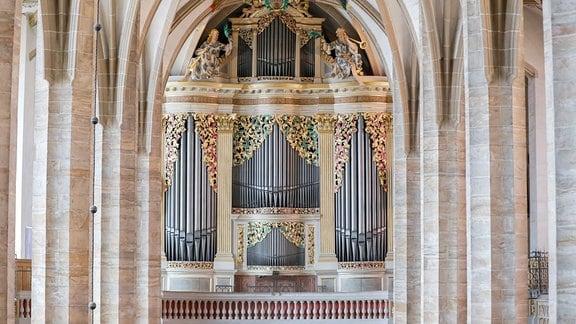Blick auf die Große Silbermann-Orgel im Dom St. Marien Freiberg.