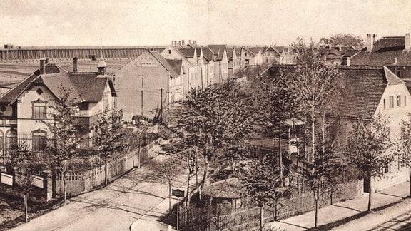 Historische Aufnahme von Bad Dürrenberg an der Saale, Blick auf Villen und Leipziger Straße