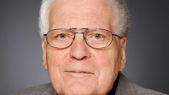 Porträit von Prof. Dr. Klaus Hofmann
