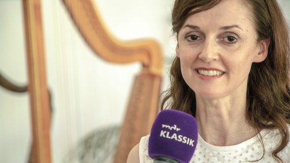 Harfenspielerin Margret Köll im Interview mit MDR KLASSIK