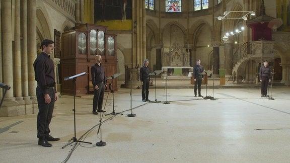 Chor in Kirche