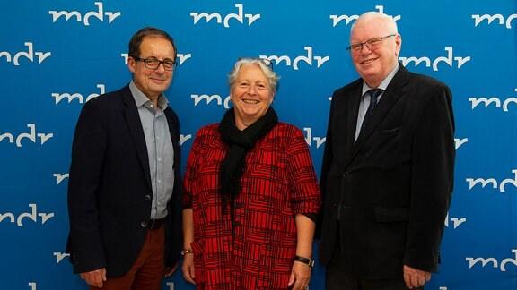 Prof. Dr. Gabriele Schade (M.), Steffen Flath (l.) und Horst Saage (r.)