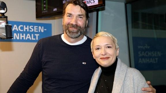SCM-Geschäftsstellenleiter Steffen Stiebler mit Moderatorin Ilka Hein
