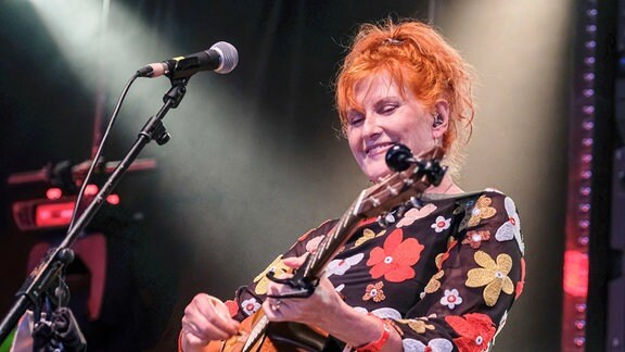 Eddi Reader, Sängerin der britischen Akustik-Band Fairground Attraction