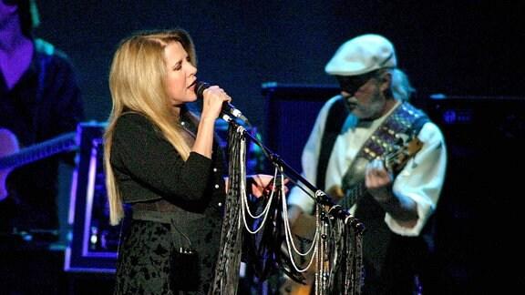 Fleetwood Mac, 2003