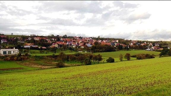 Ansicht des Ortes Scherbda bei Creuzburg im Wartburgkreis.