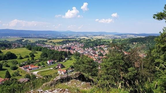 Ausblick über eine Stadt