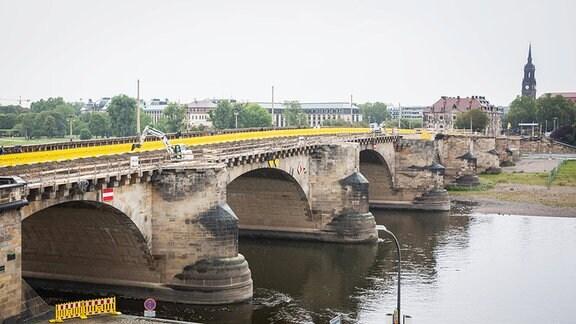 Baustelle Augustusbrücke in Dresden