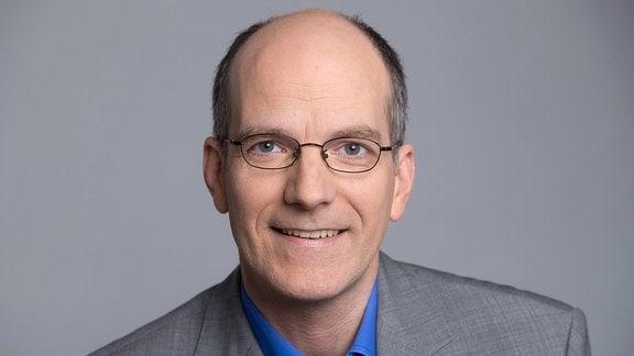 Dr. Thomas Dietz