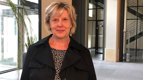 Dr. Kathrin Engel
