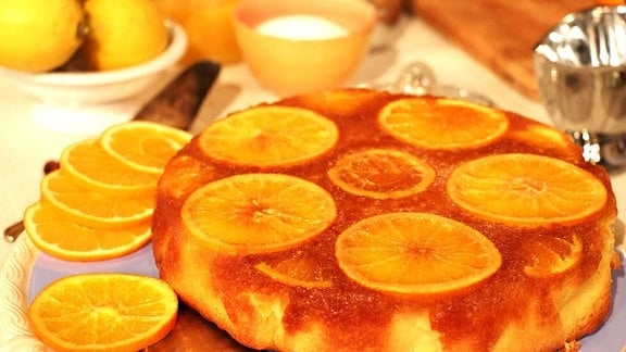 Eine Torte aus Orangen