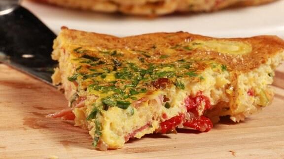 Quinoa-Omelett mit Serranoschinken und Manchego