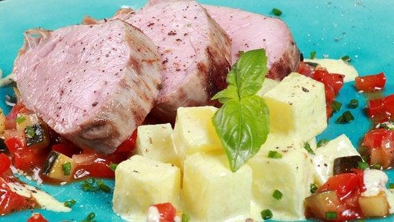 Meerrettichkartoffeln mit Balsamicofilet und Tomaten