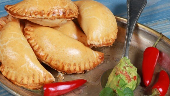 Empanadas mit Guacamole Al Gusto