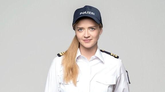 Sarina Radomski in ihrer Rolle als Kriminalhauptkommissarin Paula Sprenger.