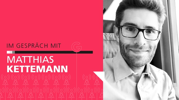 """Auf die linken Seite des Bildes steht der Schriftzug """"Im Gespräch mit Matthias Kettemann"""". Auf der rechten Seite ein schwarz-weiß Portrait von Matthias Kettemann."""