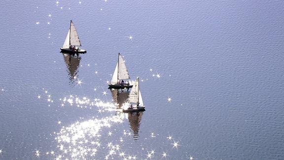 Segelboote, unterwegs auf dem Leipziger Neuseenland