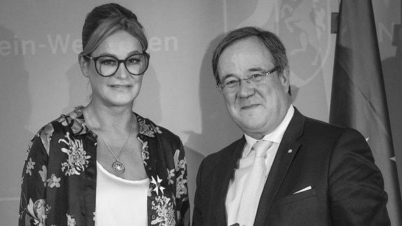 Ministerpräsident Laschet verleiht den Verdienstorden des Landes Nordrhein-Westfalen an Bürgerin