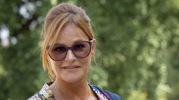 Andrea Berg mit Brille
