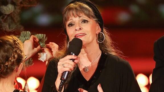Sängerin Aurora Lacasa (SPA) - Aufzeichnung MDR Show Die grosse Show der Weihnachtslieder