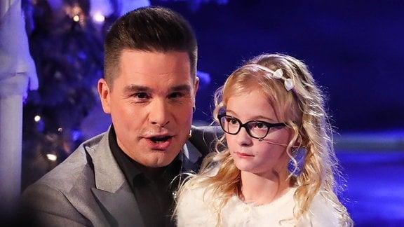 Sänger Eloy de Jong mit seiner Tochter