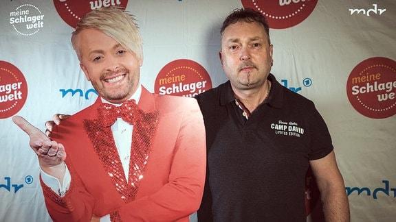 Besucher der Aufzeichnung ''Die Schlagerparty mit Ross Antony'' im Leipziger Eventpalast mit Ross-Antony-Pappfigur.