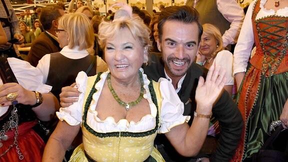 Rosi vom Schnitzelwirt in Kitzbühel und Florian Silbereisen
