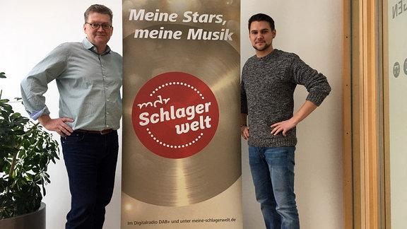 """""""MDR Schlagerwelt""""-Moderator Andreas Kallwitz mit Schlager-Newcomer Florian Timm"""
