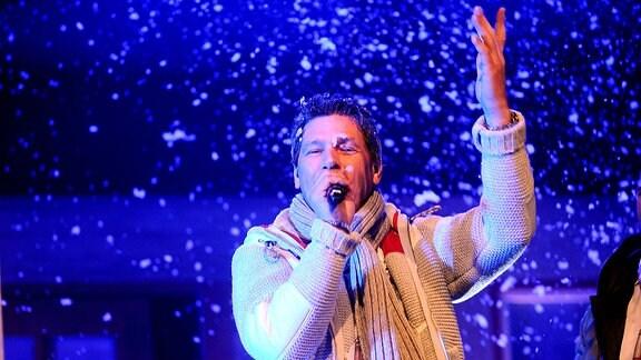 Geri der Klostertaler während eines Auftrittes im Rahmen der Show Weihnacht mit Stefan Mross.