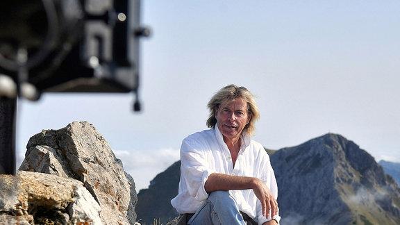 Hansi Hinterseer bei den Dreharbeiten.