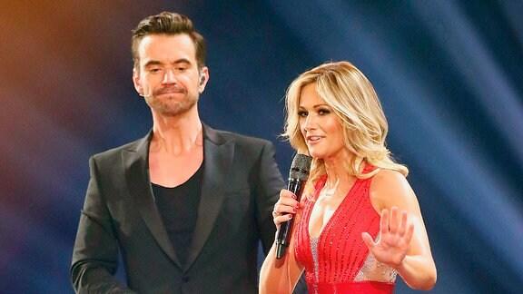 Fernsehmoderator Florian Silbereisen und Sängerin Helene Fischer während der ARD Fernsehshow Schlagerchampions.