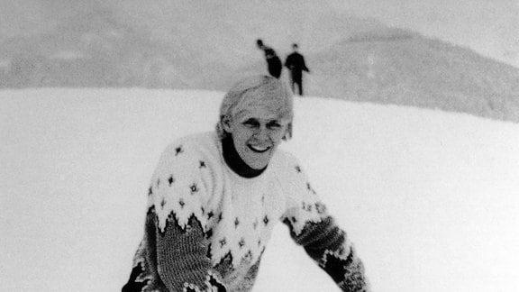 Sänger Howard Carpendale in Saalfelden auf Skiern