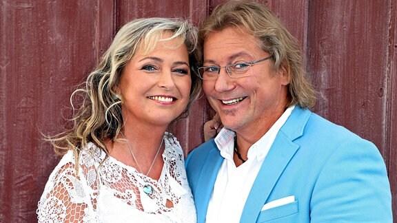 Gesangsduo Kathrin und Peter Kunze während der ARD - Unterhaltungsshow Immer wieder Sonntags am 20.08.2017 im Europapark Rust.