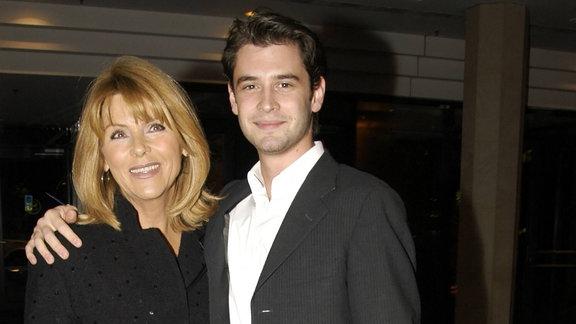 Sängerin Lena Valaitis mit Sohn Don-David