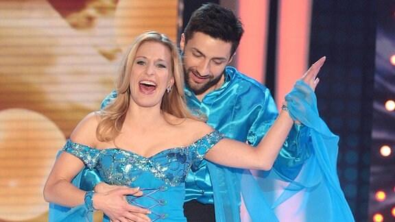 Sängerin Stefanie Hertel und ihr Let s Dance - Tanzpartner Sergiy Plyuta