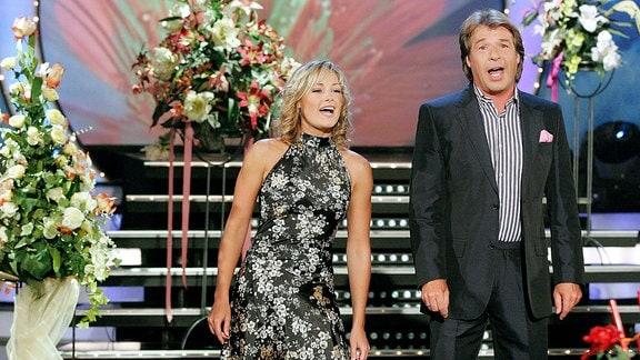 Sänger Patrick Lindner und Sängerin Helene Fischer (beide GER) während einer Probe zur MDR-Fernsehshow - Musik für Sie.