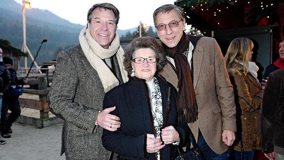 Patrick Lindner mit Muter Hedwig und Freund Peter Schäfer