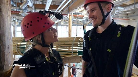 Peter Heller trifft Marina Marx im Kletterwald